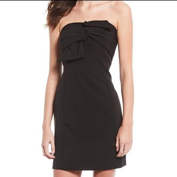 NWT Gianni Bini Strapless Crepe Black Mini Dress